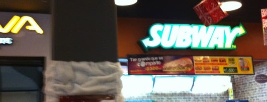 Subway is one of Andresさんのお気に入りスポット.