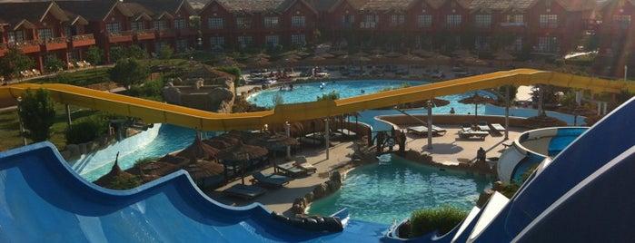 Jungle Aqua Park Hotel is one of Locais salvos de Osama.