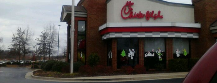 Chick-fil-A is one of Orte, die Adan gefallen.