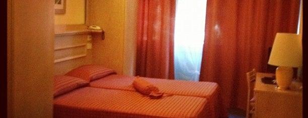 Meridiana Hotel Florence is one of สถานที่ที่ Valeria ถูกใจ.