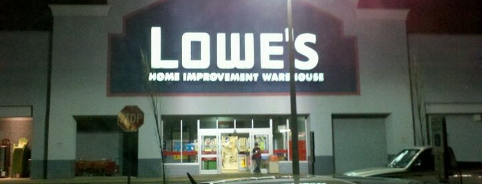 Lowe's Home Improvement is one of Jason'un Beğendiği Mekanlar.