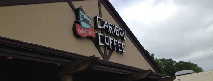 Caribou Coffee is one of Ericさんのお気に入りスポット.