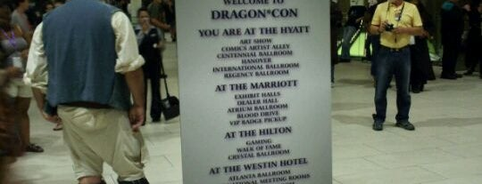 Dragon*Con Green Room is one of #VirtualUS.