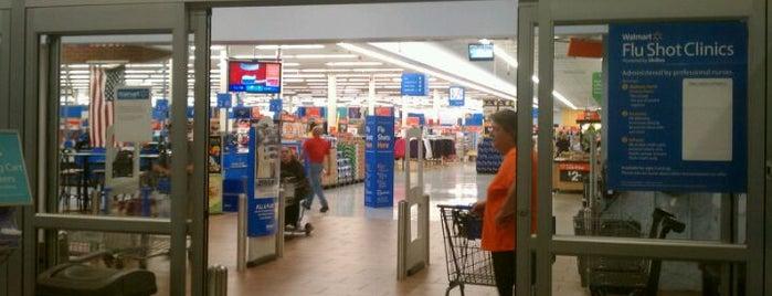 Walmart Supercenter is one of Chrystal : понравившиеся места.
