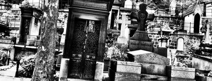 Cementerio del Père-Lachaise is one of World Sites.
