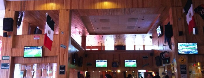 Holster Sports Bar is one of Lugares favoritos de Rodolfo.