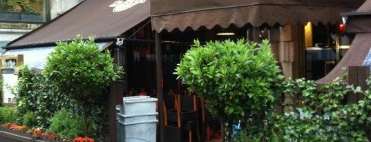 Hard Rock Cafe London is one of Hard Rock Cafes I've Visited.