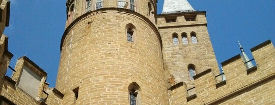 Castillo de Hohenzollern is one of Lugares guardados de Hulya.