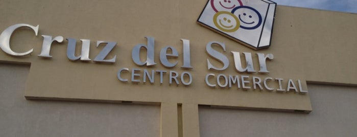Centro Comercial Cruz del Sur is one of Lugares guardados de Miguel.