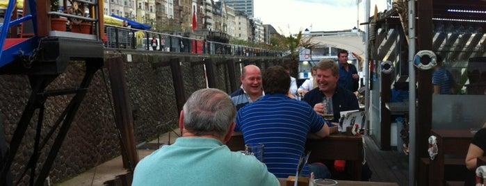 Weiße Flotte Partyboat Café is one of StorefrontSticker #4sqCities: Düsseldorf.