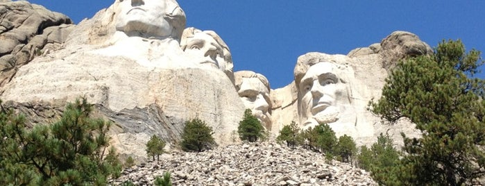 Mount Rushmore National Memorial is one of May Road Trip.