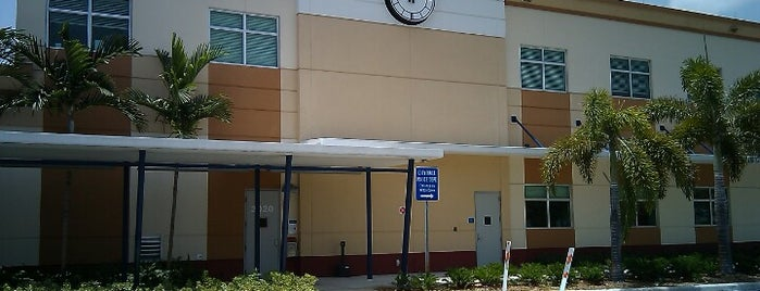 Wilton Manors City Hall is one of Wilton Manors Favorites.