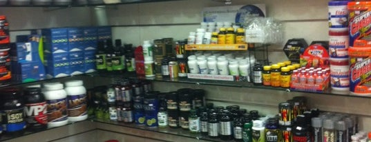 Sports Nutrition Center is one of Tempat yang Disukai L.
