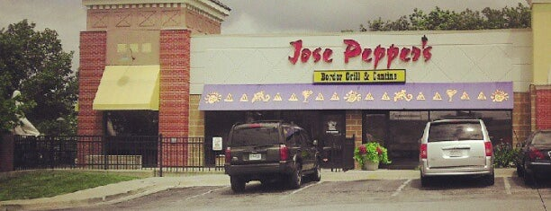 Jose Peppers is one of Tempat yang Disukai JL Johnson.