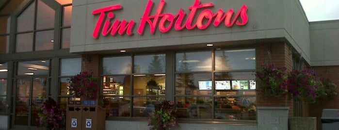 Tim Hortons is one of Aleynaさんのお気に入りスポット.