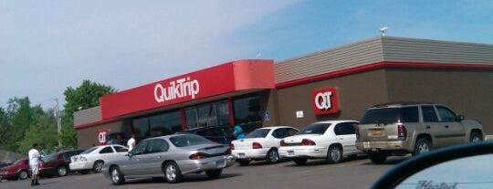 QuikTrip is one of Melo'nun Beğendiği Mekanlar.