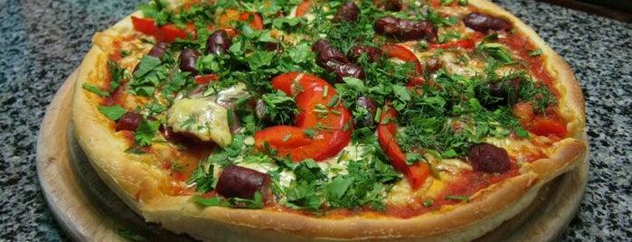 Піца Челентано / Celentano Pizza is one of Suzan🌺'ın Beğendiği Mekanlar.