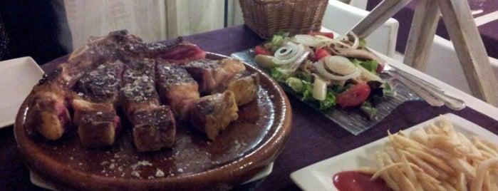 Namoreira is one of Restaurantes e outros sitios onde se come ben.
