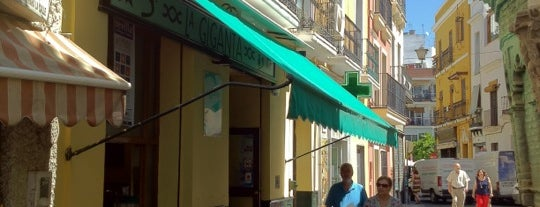 La Giganta is one of Lugares Favoritos . Favorites Places.