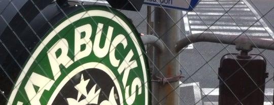 Starbucks is one of Orte, die Mark gefallen.