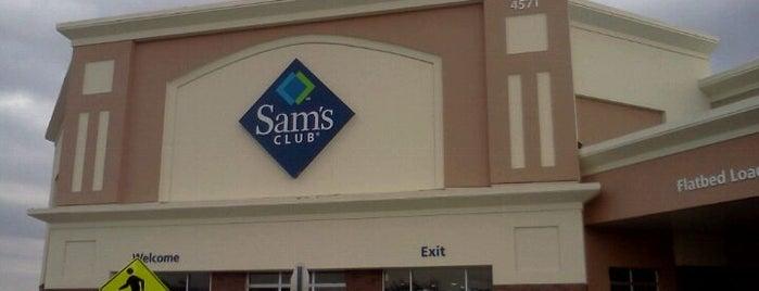 Sam's Club is one of Lugares favoritos de Dawn.