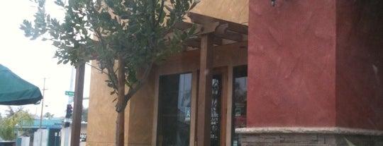 Starbucks is one of Lugares guardados de Ante.