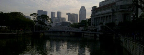 Singapore River is one of Singapore's Popular Places.