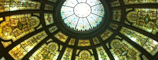 Chicago Cultural Center is one of Museums.