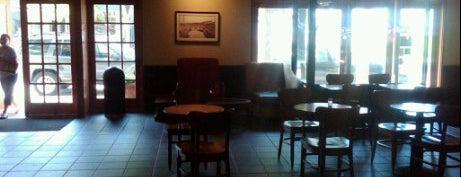 Starbucks is one of Locais salvos de Patrick.