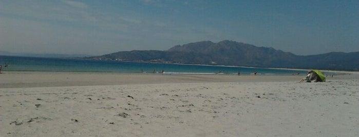 Praia de Carnota is one of Costa da Morte en 2 días.