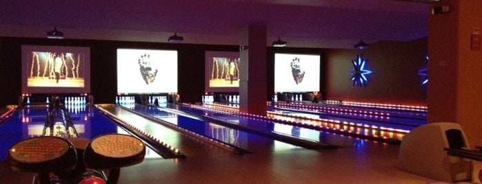 Lucky Strike Lanes is one of Lieux qui ont plu à Alberto J S.