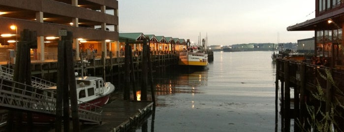 Peaks Island Ferry is one of Tempat yang Disimpan Mike.