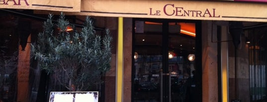 Le Central is one of Вкусно.