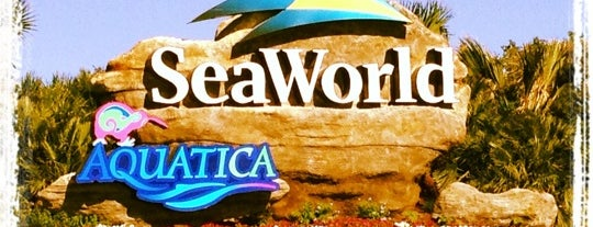 SeaWorld San Antonio is one of Locais curtidos por Michael.