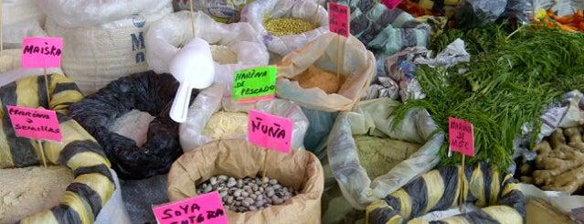 Mercado Peruano is one of Tengo que visitar.