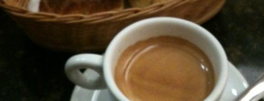 Mr. Coffee is one of Adelino 님이 좋아한 장소.