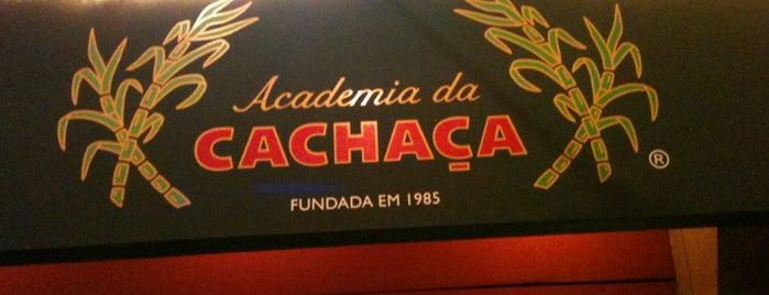 Academia da Cachaça is one of Melhores Restaurantes e Bares do RJ.