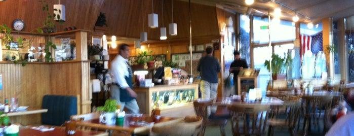 Hobee's Restaurant is one of Gespeicherte Orte von Joe.