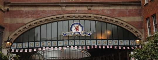 Windsor & Eton Central Railway Station (WNC) is one of Henry 님이 좋아한 장소.