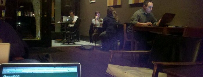 Sugarlump Coffee Lounge is one of Free Wifi & Power in San Francisco.