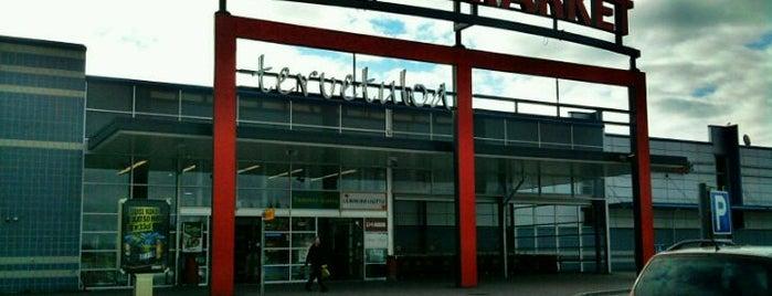 K-Citymarket is one of Lieux qui ont plu à Jan.