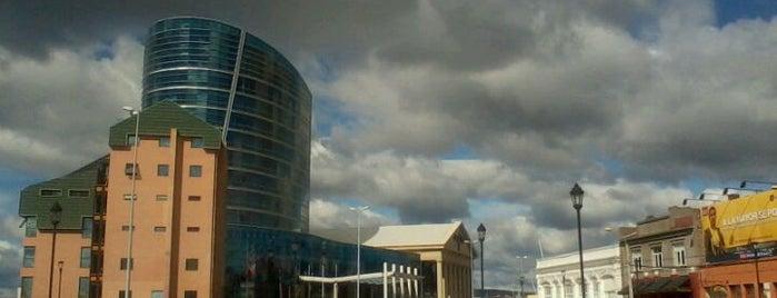 Hotel y Casino Dreams Punta Arenas is one of Casinos de Juego en Chile.