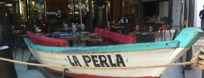 La Perla del Pacífico is one of Santiago.