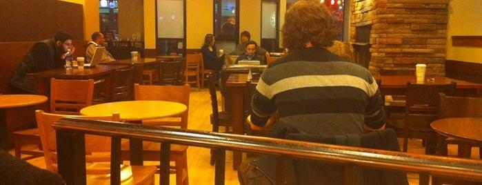 Starbucks is one of Tempat yang Disukai Julie.