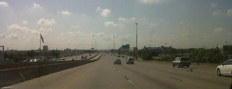 I45 South Beach Bound! is one of Fun things n places!.
