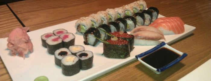 Sakura Sushi Bar is one of Sushi Sampler.