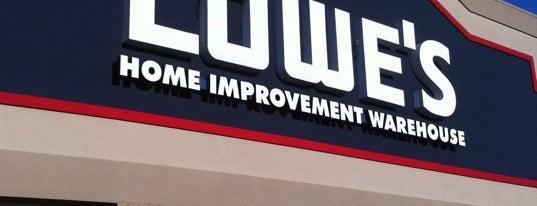 Lowe's Home Improvement is one of Orte, die Michael gefallen.