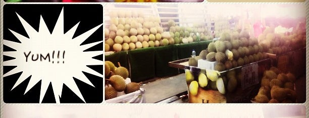 Durians@Geylang Lor 36 is one of Singapore Things To Do!!.