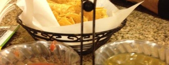El Tapatio Restaurant & Cantina is one of Lugares guardados de Olivia.
