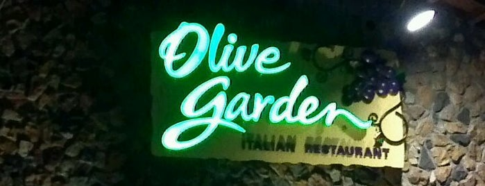 Olive Garden is one of Maryville-Knoxville-Pigeon Forge.
